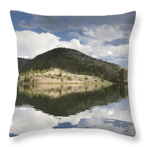 York Throw Pillow featuring the photograph On The Road To York by Fran Riley