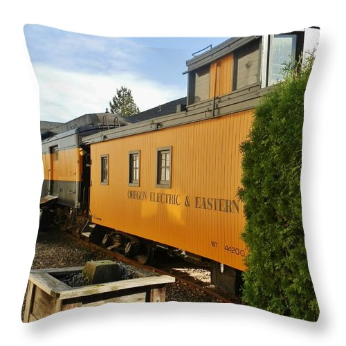 Train Throw Pillow featuring the photograph Oregon E And E by VLee Watson