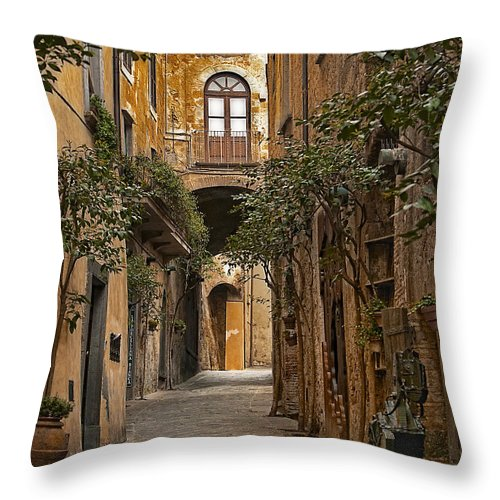 Orvieto Throw Pillow featuring the photograph Orvieto Side Street by Lynn Andrews