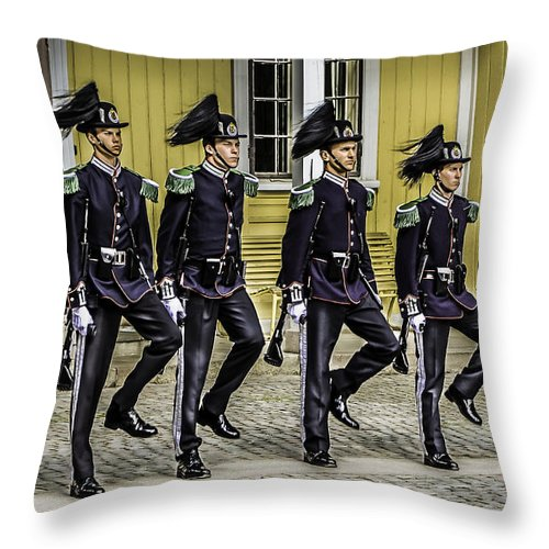 Oslo Throw Pillow featuring the photograph Oslo Royal Palace Guards by John Jack