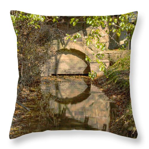 Mansfield Mill Throw Pillow featuring the photograph Outlet At The Mill by Thomas Sellberg