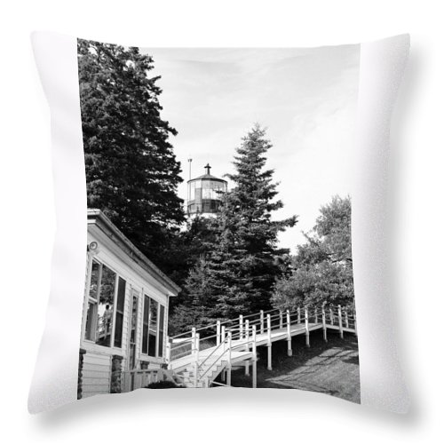 Owls Head Throw Pillow featuring the photograph Owls Head Approach by IMH Photog