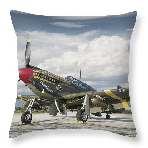 War 1940's Aircraft Aviation Historic Flight Flying Air Force American Victory Classic Vintage Fighter Plane Army Pilot Throw Pillow featuring the photograph P-51 Mustang by Jeff Stephenson