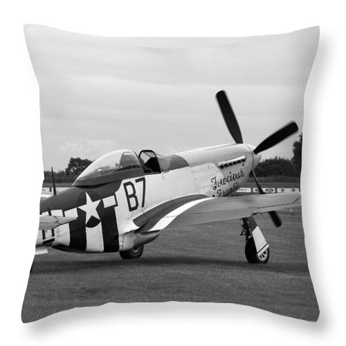 P51 Mustang Throw Pillow featuring the photograph P51 Mustang by Robert Phelan