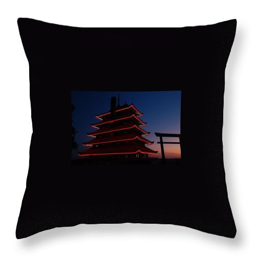 Pagoda Throw Pillow featuring the photograph Pagoda At Sunset by Susan Patrie