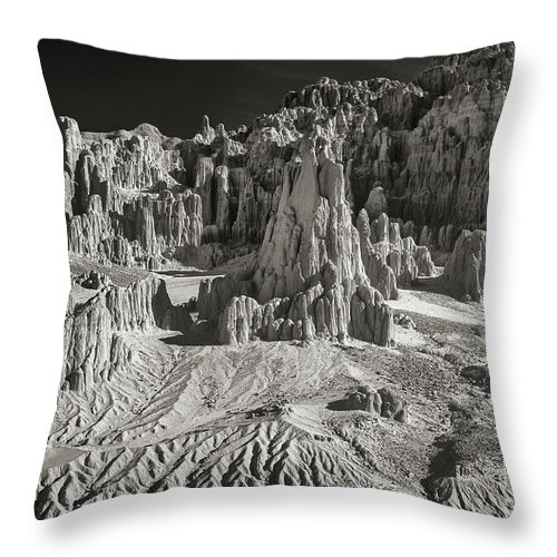 North America Throw Pillow featuring the photograph Panaca Sandstone Formations In Black And White Nevada Landscape by Dave Welling