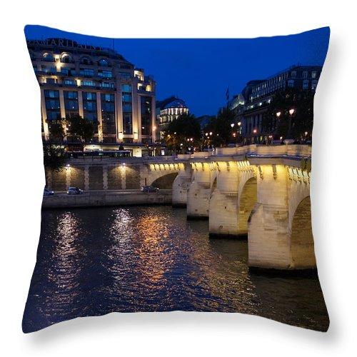 Paris Blue Hour Throw Pillow featuring the photograph Paris Blue Hour - Pont Neuf Bridge And La Samaritaine by Georgia Mizuleva