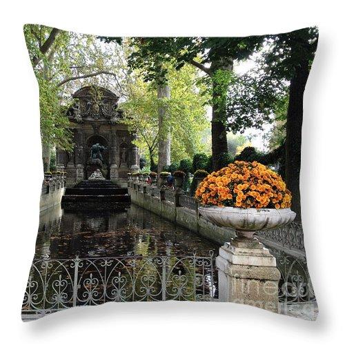 Paris Fall Autumn Photos Throw Pillow featuring the photograph Paris Jardin Du Luxembourg Gardens Autumn Fall - Medici Fountain Sculpture Autumn Fall Photographs by Kathy Fornal