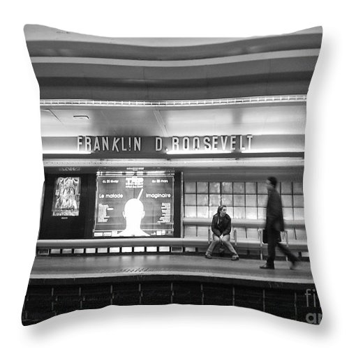 Paris Throw Pillow featuring the photograph Paris Metro - Franklin Roosevelt Station by Thomas Marchessault