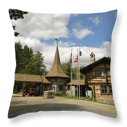 Park Entrance Throw Pillow featuring the photograph Park Gate by Eric Swan