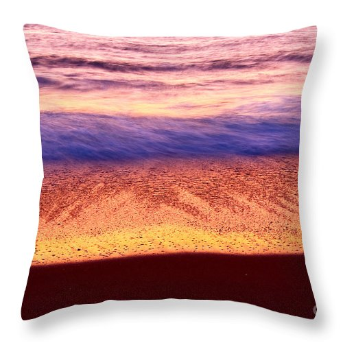 Sunset Throw Pillow featuring the photograph Pastel - Abstract Waves Rolling In During Sunset. by Jamie Pham