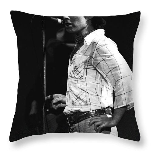 Paul Rodgers Throw Pillow featuring the photograph Paul Of Bad Company In 1977 by Ben Upham