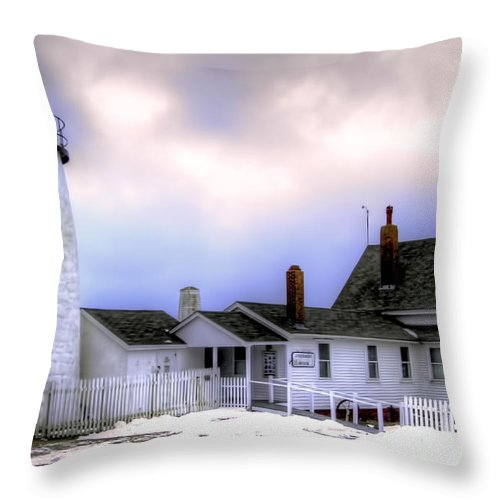 Bristol Throw Pillow featuring the photograph Pemaquid Point Lighthouse by Brenda Giasson