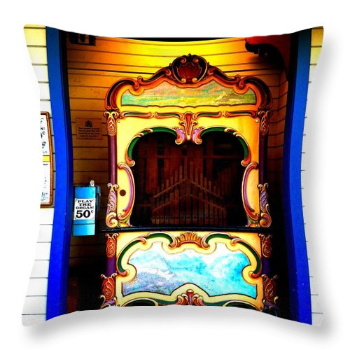 Newel Hunter Throw Pillow featuring the photograph Playing The Organ by Newel Hunter