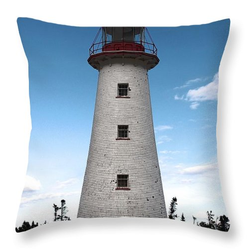 Point Prim Lighthouse Throw Pillow featuring the photograph Point Prim Lighthouse 3 by Joseph Marquis