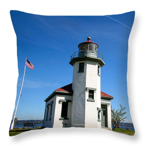 Vashon Island Throw Pillow featuring the photograph Point Robinson Lighthouse by SnapHound Photography