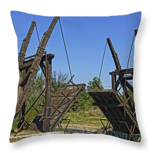 Van Gogh Throw Pillow featuring the photograph Pont Van Gogh Arles France Dsc01724 by Greg Kluempers