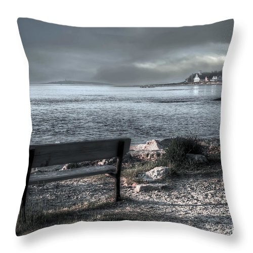 Fort Popham Throw Pillow featuring the photograph Popham Beach Maine by Brenda Giasson