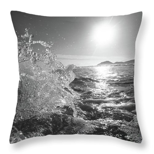 Curve Throw Pillow featuring the photograph Powerful Wave At Dawn by Gustavosilent
