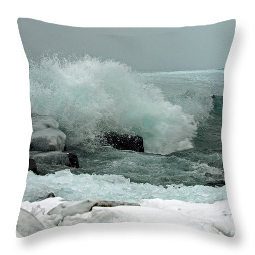 Peterson Nature Photography North Shore Lake Superior Great Lakes Cove Point Lodge Beaver Bay Minnesota Mn Winter Rough Sea Seas Seascape Seascapes Surf Spray Natures Fury Power Powerful Storm Stormy Teal Water Waters Turquoise Ice Icy Wintertime Season Seasons Seasonal Shoreline Shorelines Wave Waves America American Landscape Landscapes Beauty Beautiful Motion Dynamic Gales Snow Scene Scenic Scenery Weather Throw Pillow featuring the photograph Powerful Winter Surf by James Peterson