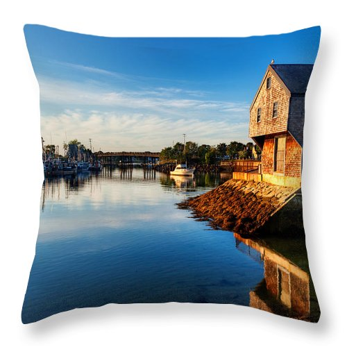 Sheafe Warehouse Throw Pillow featuring the photograph Prescott Park Sunrise by Jo Ann Snover
