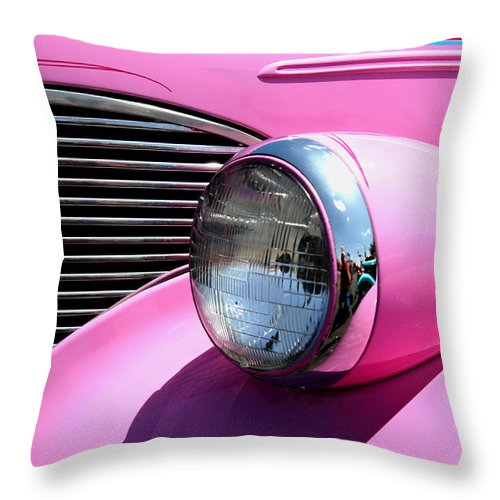 Hot Rod Throw Pillow featuring the photograph Pretty In Pink by Joe Kozlowski