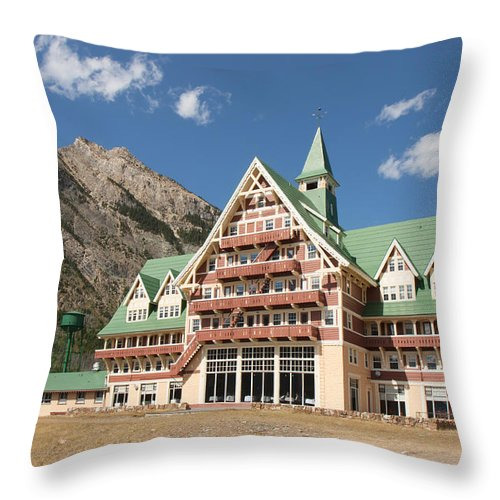 Architecture Throw Pillow featuring the photograph Prince Of Wales Hotel by John M Bailey