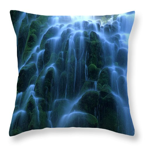 Waterfalls Throw Pillow featuring the photograph Proxy Falls Detail 2 by Bob Christopher