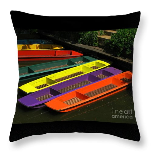 Punts Throw Pillow featuring the photograph Punts For Hire by Ann Horn