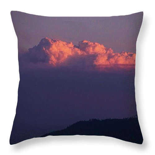 Pyrocumulus Throw Pillow featuring the photograph Pyrocumulus At Sunset by Mick Anderson