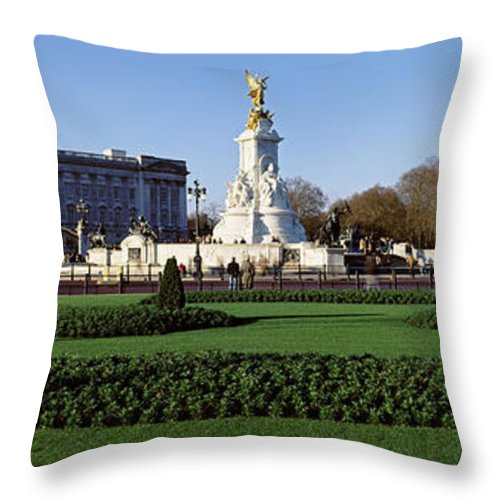 Photography Throw Pillow featuring the photograph Queen Victoria Memorial At Buckingham by Panoramic Images