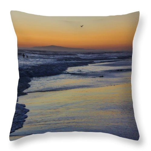Huntington Beach Throw Pillow featuring the photograph Quiet by Tammy Espino