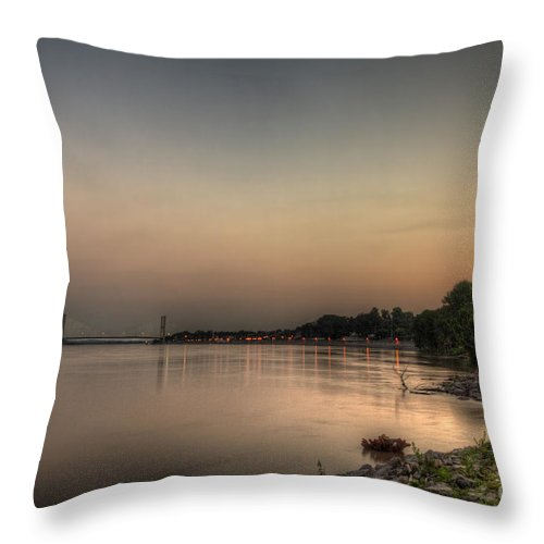 2014 Throw Pillow featuring the photograph Quite Evening by Larry Braun