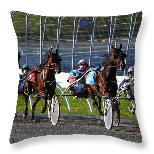 Horse Throw Pillow featuring the photograph Race To The Finish by Davandra Cribbie