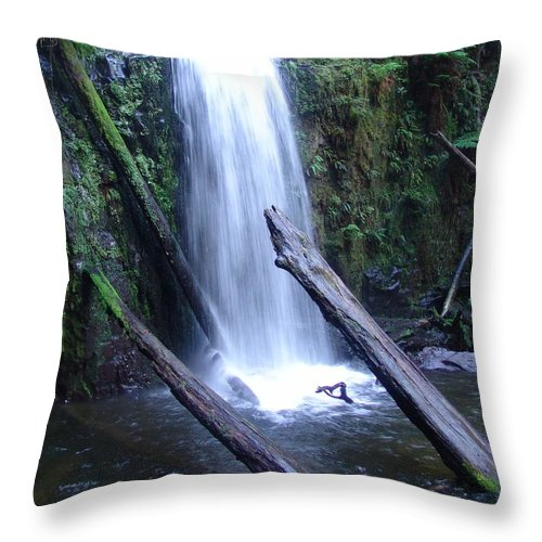 Waterfall Throw Pillow featuring the photograph Rainforest Run Off by Ian Mcadie