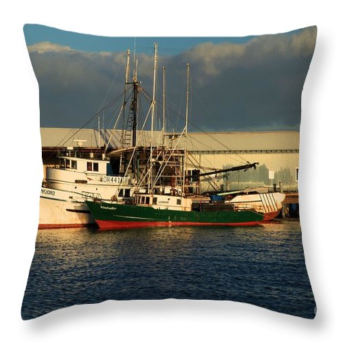 Port Angles Throw Pillow featuring the photograph Ready For The Day by Adam Jewell