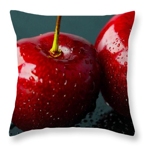 Fruit Throw Pillow featuring the photograph Red Apples by Aza Johnson