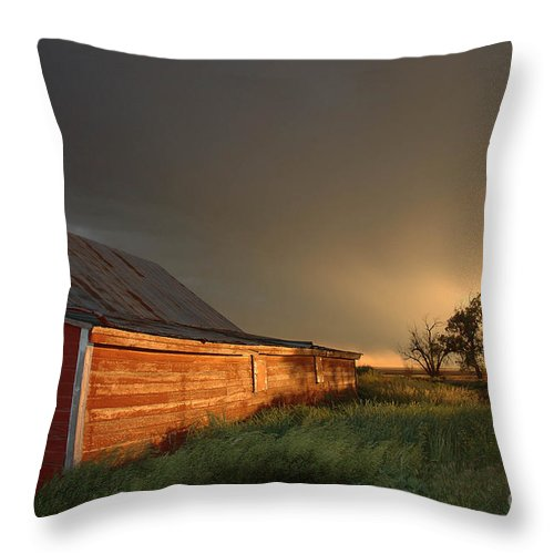 Barn Throw Pillow featuring the photograph Red Barn At Sundown by Jerry McElroy