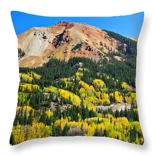 Colorado Photographs Throw Pillow featuring the photograph Red Mountain by Gary Benson