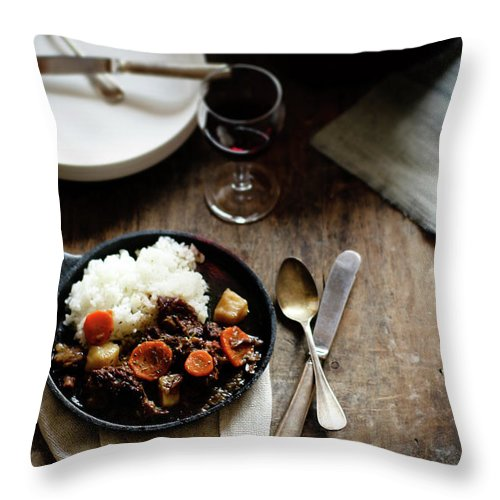 Spoon Throw Pillow featuring the photograph Red Wine Braised Beef by 200