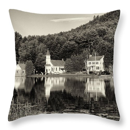 Cross Throw Pillow featuring the photograph Reflections Of The Day Black And White by Joshua House