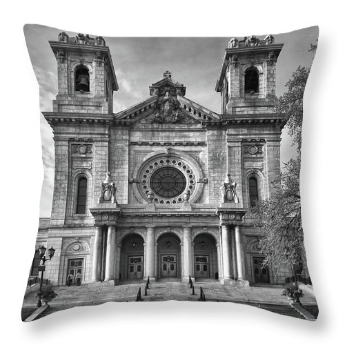 Buildings Throw Pillow featuring the photograph Regal by Guy Whiteley