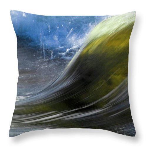 Heiko Throw Pillow featuring the photograph River Wave by Heiko Koehrer-Wagner