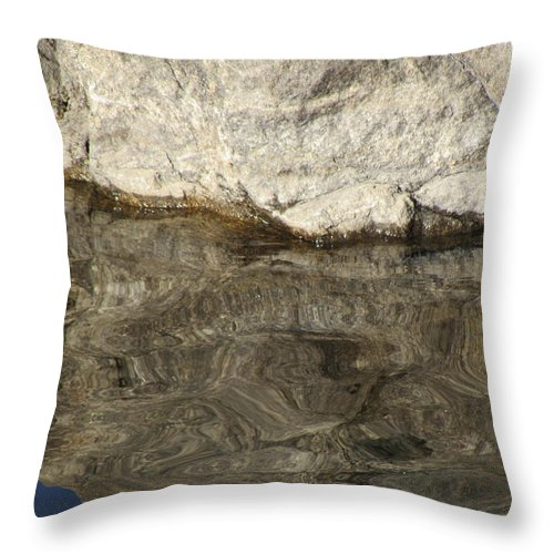 Rock Throw Pillow featuring the photograph Rock Reflection by Michael Putthoff
