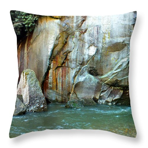 Duane Mccullough Throw Pillow featuring the photograph Rock Wall And River by Duane McCullough