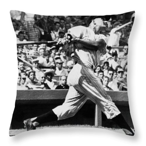 1950's Throw Pillow featuring the photograph Roger Maris Hits 52nd Home Run by Underwood Archives