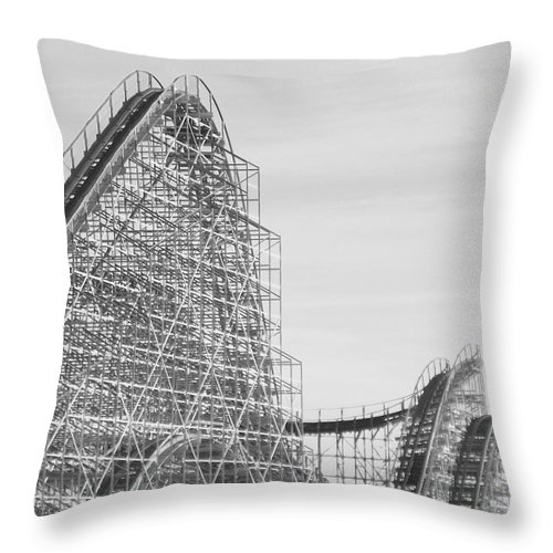 Roller Coaster Throw Pillow featuring the photograph Roller Coaster Wildwood by Eric Schiabor