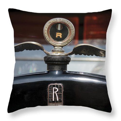 Glenmoor Throw Pillow featuring the photograph Rollin by Jack R Perry