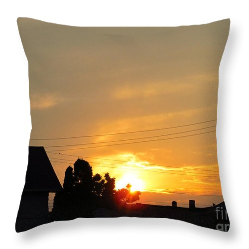 Sun Throw Pillow featuring the photograph Roofline Sunset by Tina M Wenger