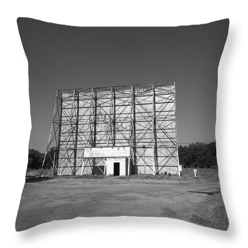 66 Throw Pillow featuring the photograph Route 66 Drive-in Movie by Frank Romeo